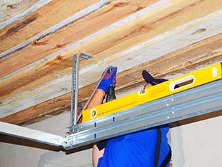 Garage Door Tracks Services | Garage Door Repair Brooklyn, NY